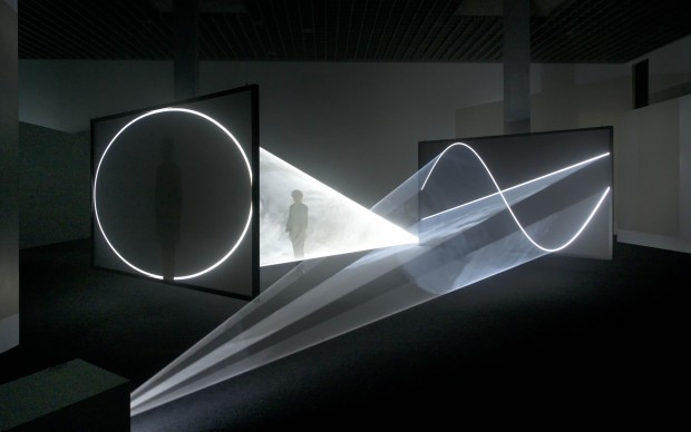 Anthony McCall, Face to Face, 2013