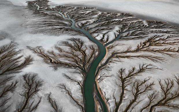 Edward Burtynsky. Delta del fiume Colorado n. 2. San Felipe, Bassa California, Messico 2011.