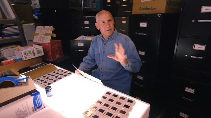 Steve McCurry in studio