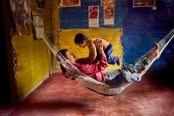 Steve McCurry, La Esperanza, Colombia, 2004