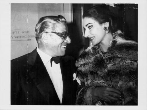 Aristotele Onassis e Maria Callas alla Royal Opera House di Londra, nel giugno del 1959 (Photo by Keystone/Hulton Archive/Getty Images)