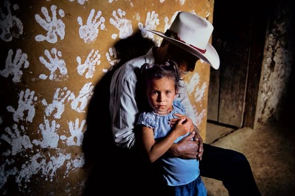 Steve McCurry, La Fortuna, Honduras, 2004