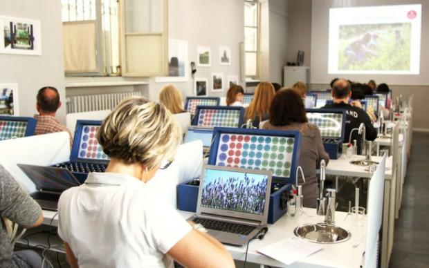 Laboratorio-Múses-Accademia-Europea-delle-Essenze-profumi-erboristeria-piemonte