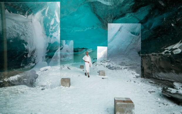 Isaac-Julien,-Stones-against-Diamonds, 2015