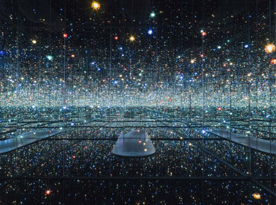 Yayoi-Kusama-Infinity-Mirrored-Room-Broad-Museum-Los-Angeles