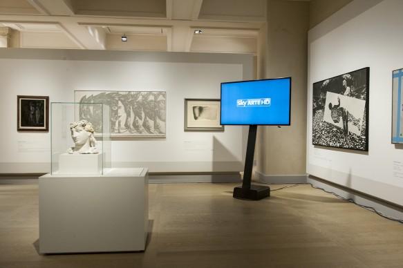 Le Gallerie d'Italia di Piazza Scala, a Milano, allestite per accogliere la presentazione del programma di Sky Arte HD 'Muro', dedicato alla street art