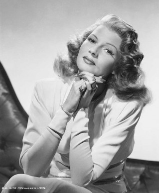 Rita Hayworth nel 1947 (Photo by Robert Coburn Sr./John Kobal Foundation/Getty Images)