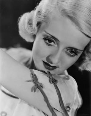 Bette Davis nel 1933 (Photo by John Kobal Foundation/Getty Images)
