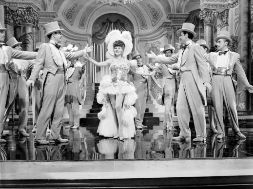 Rita Hayworth nel film 'Follie di New York', diretto da Irving Cummings nel 1942 (Photo by John Kobal Foundation/Getty Images)