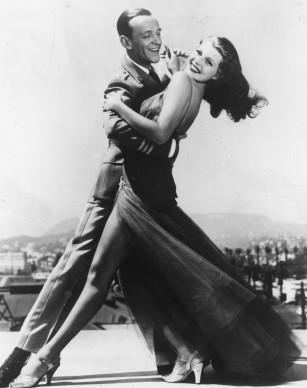 Rita Hayworth e Fred Astaire in una scena del film 'Non sei mai stata così bella' del 1942 (Photo by Keystone/Getty Images)