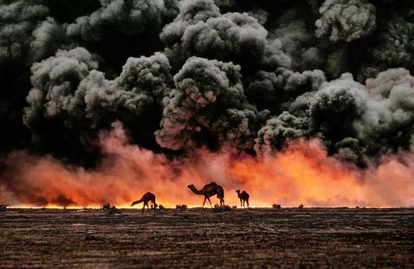 Steve McCurry, Al Ahmadi, Kuwait, 1991