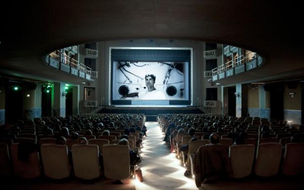 Lo-schermo-dell'arte-Film-Festival-2012,-Piattaforma-luna-di-Yuri-Ancarani