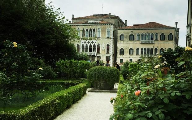 giardino-interno-palazzo-veneziano-maggio-2015-foto-caterina-porcellini