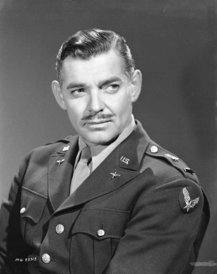 Clark Gable in uniforme, nel dicembre del 1942 (Photo by Clarence Sinclair Bull/John Kobal Foundation/Getty Images)