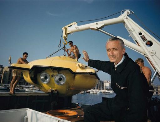 Thomas J. Abercrombie, Puerto Rico, 1960. Jacques-Yves Cousteau svela Denise, la rivoluzionaria capsula a immersione costruita con il sostegno della Society.