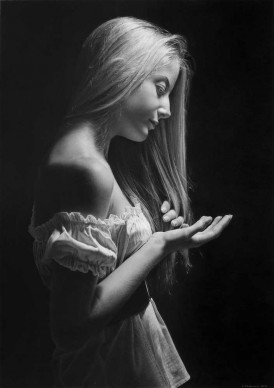 Emanuele Dascanio, Allegory of the Sublime - charcoal and graphite on paper - 69,5 x 49 cm - 2013