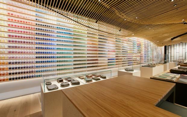 kengo-kuma-architettura-design-interni-pigment-warehouse-terrada-tokyo-giappone-negozio-belle-arti-colorificio