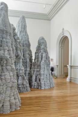 Tara Donovan, Untitled, 2014. Renwick Gallery of the Smithsonian American Art Museum. © Tara Donovan, courtesy of Pace Gallery. Photos by Ron Blunt