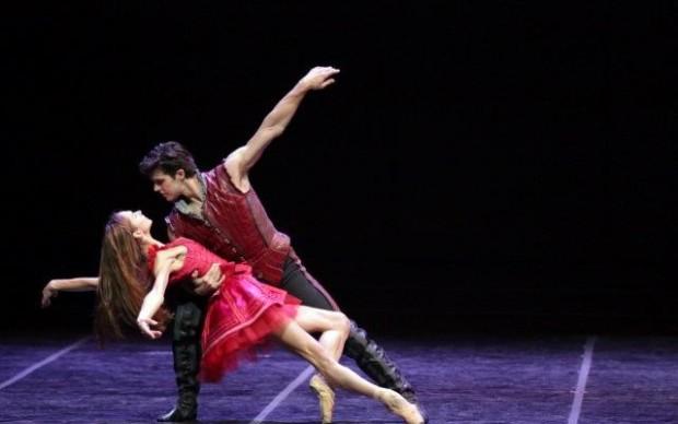 Cinderella - le prove in costume - P.Semionova e R. Bolle - ph Brescia e Amisano Teatro alla Scala