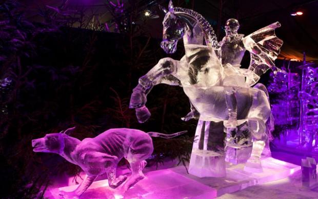 Ijsbeelden-Festival-Zwolle-Olanda-sculture-di-ghiaccio