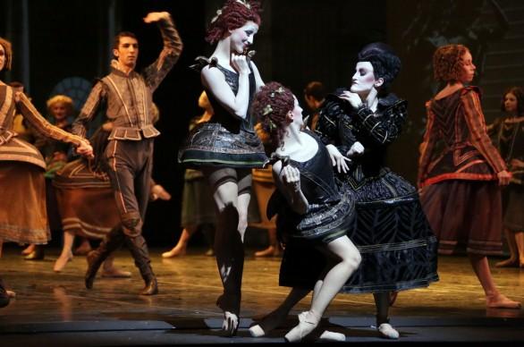 Cinderella, con A. Albano, S. Ballone V. Toppi. Photo: Brescia e Amisano, Teatro alla Scala