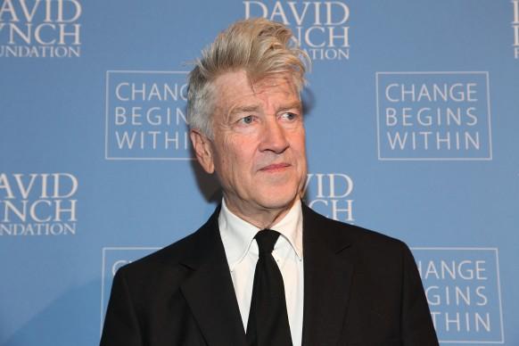"""David Lynch all'evento """"An Intimate Night Of Jazz"""" tenutosi alla David Lynch Foundation nel dicembre del 2012 (Photo by Rob Kim/Getty Images)"""