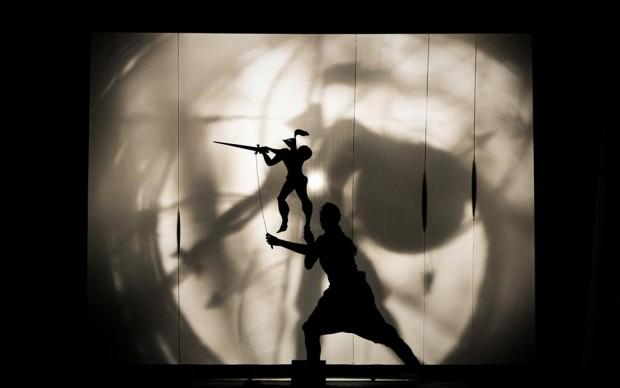 Il cavaliere inesistente italo calvino teatro d'ombre
