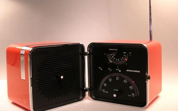 Richard Sapper e Marco Zanuso, radioricevitore TS 522, produttore Brionvega, uscita sul mercato nel 1964