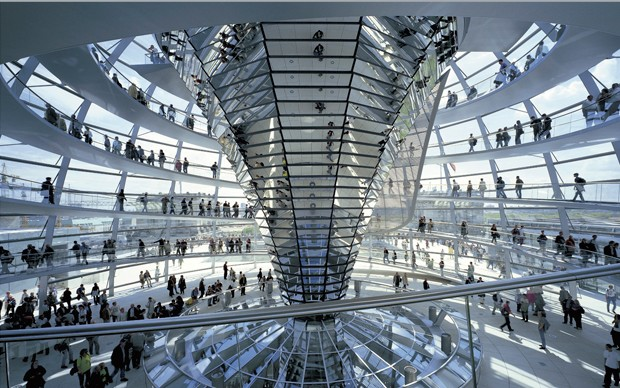 norman-foster-partners-cupola-reichstag-berlino