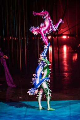 Cirque du Soleil, Varekai. Photo by Cirque du Soleil 2014, Costumes by Eiko Ishioka