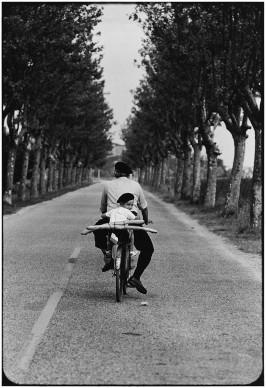 Elliott Erwitt, Provenza, Francia - 1955 © Elliott Erwitt