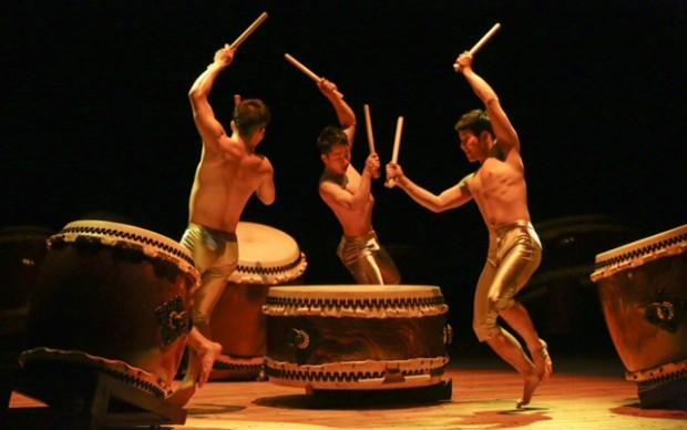 Kodo tamburi giapponesi isola di Sado Teatro dell'Arte Milano ®Takashi Okamoto