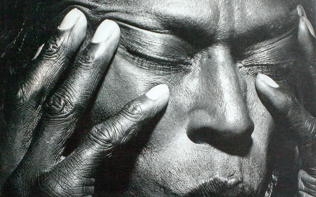 Irving Penn Miles Davis, Tutu, 1986 © Warner Bros. Records