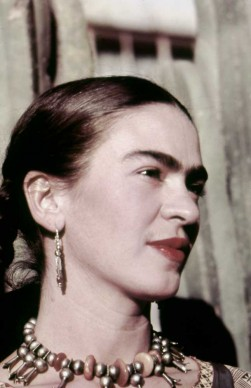 Frida Kahlo nel 1940 (Photo by Ivan Dmitri/Michael Ochs Archives/Getty Images)