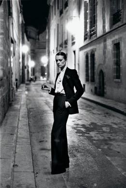 Helmut Newton, Rue Aubriot, French Vogue from the series White Women Paris 1975 © Helmut Newton Estate