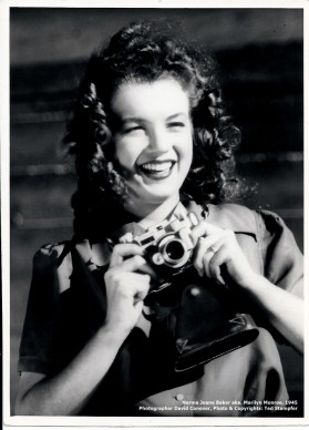 Photograph of Norma Jeane Baker aka. Marilyn Monroe in the beginning of her modeling career, 1945. Photographer: David Conover, Copyrights Ted Stampfer