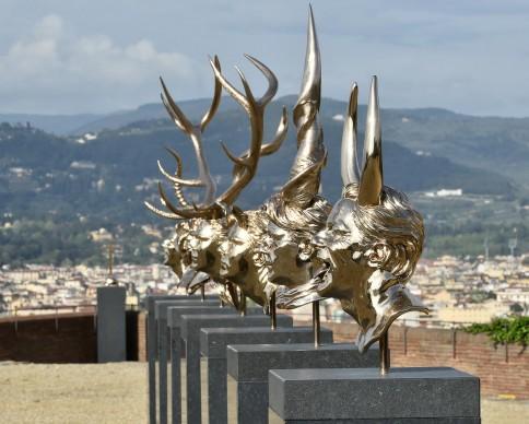 Jan Fabre, Capitoli I – XVIII (2010), bronzo al silicio. Foto di Mauro Sani © Angelos Bvba