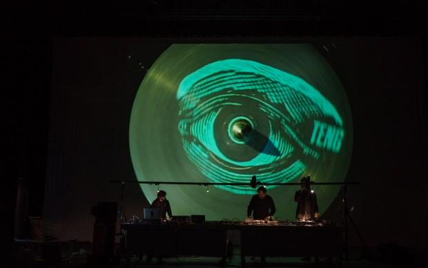 MASBEDO - Welcome, 2015 - video audio performance, Troublyn Theathre Antwerp - foto di Alex Astegiano