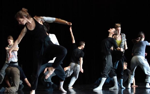 Biennale Danza 2016 – SUNNY – photo Emanuel Gat