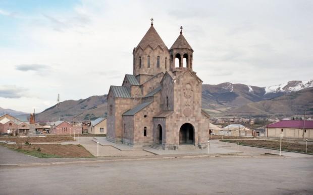 Claudio Gobbi Resurrection Church_Spitak_Armenia_XX Century serie Arménie Ville