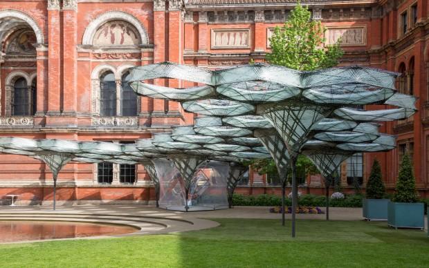 Elytra Filamen Pavilion installazione Victoria and Albert Museum Londra