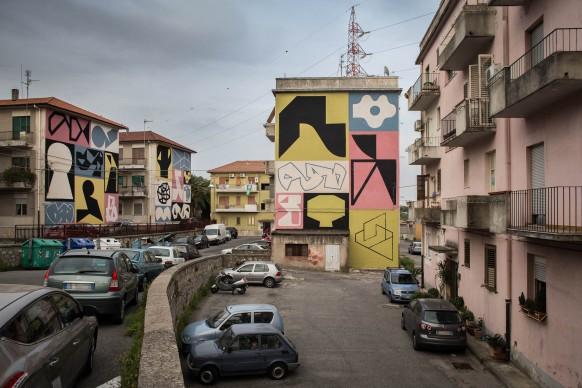 Giorgio Bartocci, Madre Nostra, Via Teano. Quartiere Aranceto, Catanzaro; photo by Angelo Jaroszuk Bogasz