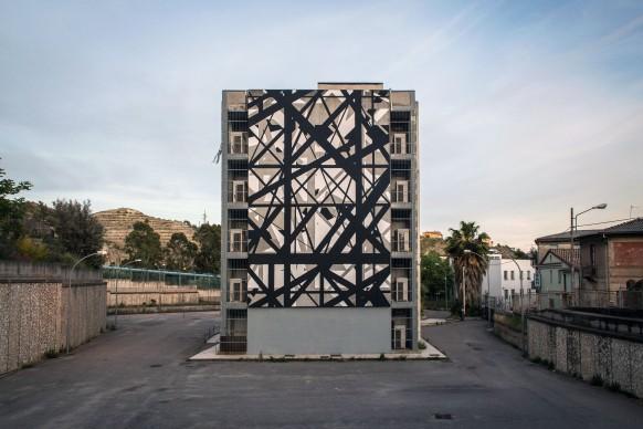 Graphic Surgery, Increment, Vico I Della Stazione. Quartiere Sala, Catanzaro; photo by Angelo Jaroszuk Bogasz