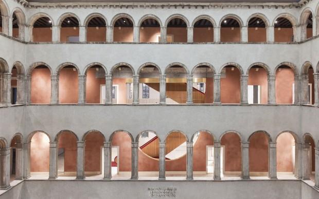 oma rem koolhaas_Fondaco-dei-Tedeschi_Photo-by-Delfino-Sisto-Legnani-and-Marco-Cappelletti