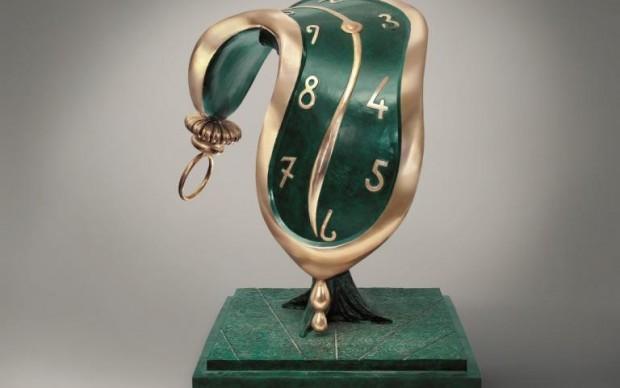 salvador-dali-scultura dance of time II mostra beverly hills california