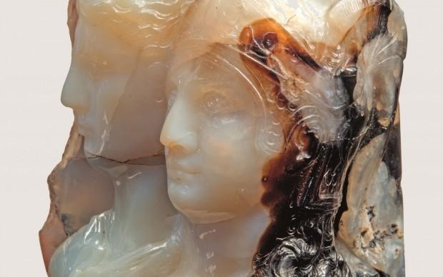 Manifattura italiana Alessandro Magno e Olimpiade fine del XVII – prima meta del XVIII secolo (ante 1753) sardonice bianca e bruna Firenze, Museo Archeologico Nazionale
