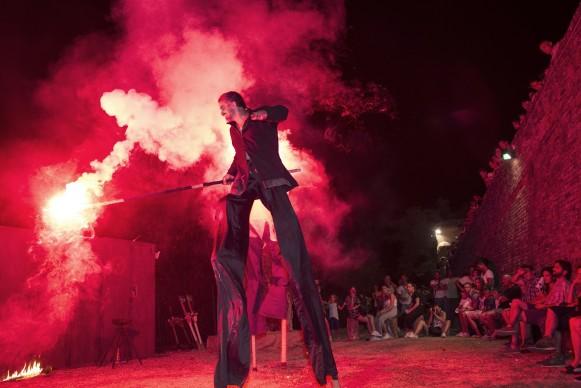 Mercantia - Festival internazionale di teatro di strada: Compagnia del Drago Nero, photo by Claudia Sicuranza