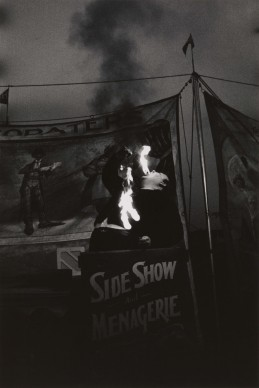 Diane Arbus, Fire Eater at a carnival, Palisades Park, N.J. 1957 © The Estate of Diane Arbus, LLC. All Rights Reserved