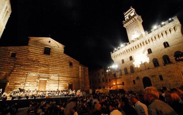 CANTIERE internazioonale d'arte montepulciano_concerto sinfonico Piazza Grande