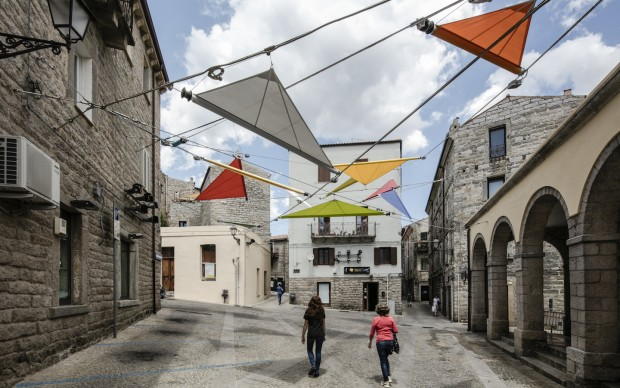 Renzo Piano ALVISI KIRIMOTO-PIAZZA FABER-Gallura Sardegna photo Luigi Filetici